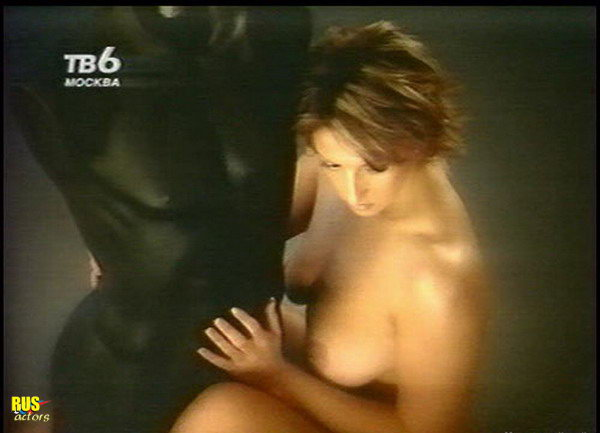 golaya-alika-smehova-porno